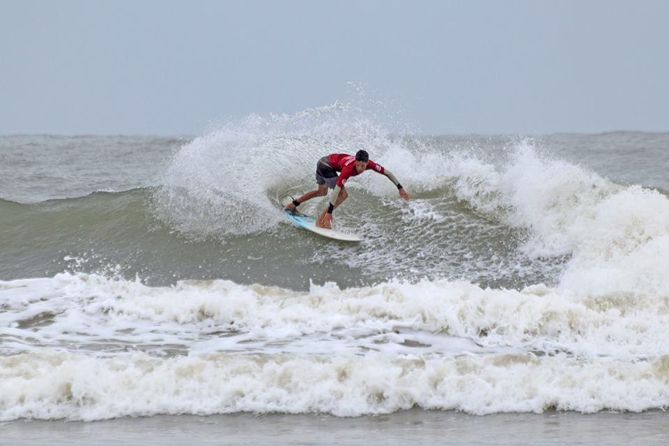 (Foto: divulgação/Federação Paranaense de Surf)