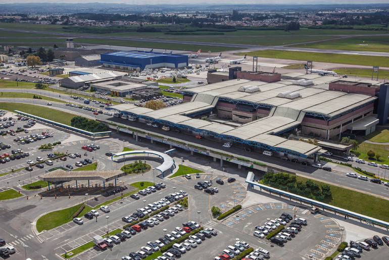 Aeroporto Afonso Pena Curitiba : Aeroporto de curitiba é considerado o segundo melhor do