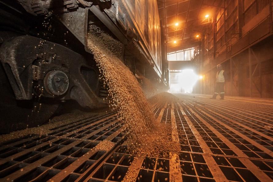 Anec revisa para baixo projeção de embarque de soja do Brasil em junho para 12,6 milhões de toneladas